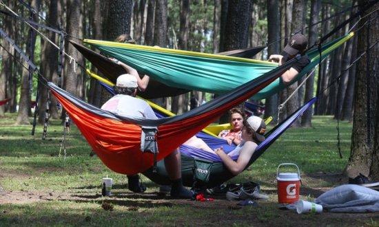 Hangmat is populair tijdverdrijf onder Amerikaanse jongeren